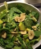 Le insalate di primavera: valeriana esotica con mango, banana epompelmo!